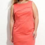 De korte volle vrouw - kledingtips om langer en slanker te lijken